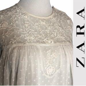 NWT  Zara White Lace Flowy  Tank Blouse xs